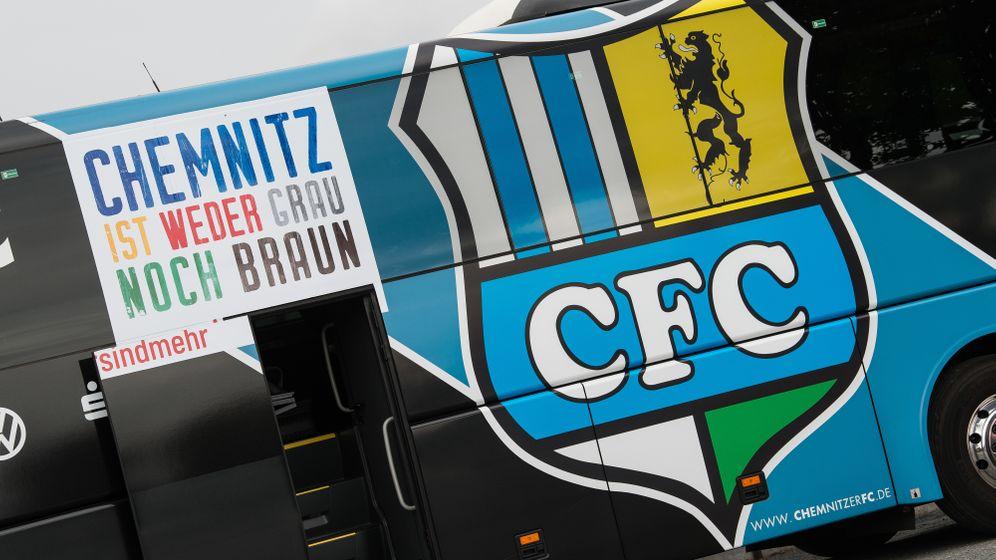 Fotostrecke: Wie der Chemnitzer FC einen verstorbenen Neonazi ehrte