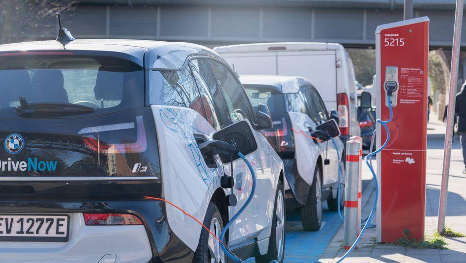 Ladestation für Charsharing-Fahrzeuge in Hamburg: