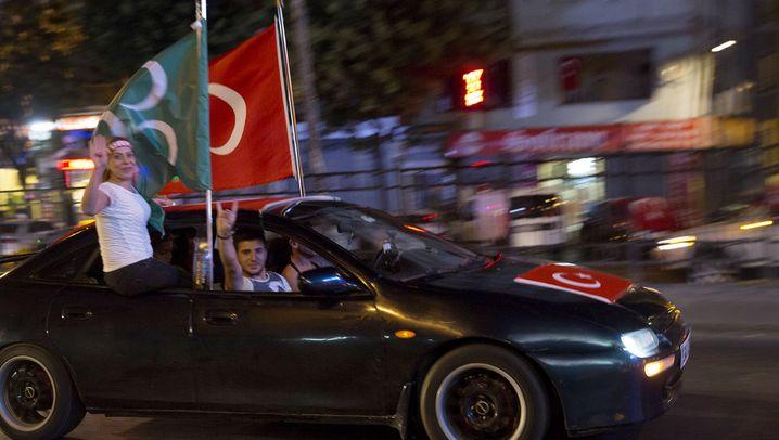 Aufruhr in der Türkei: Flammen auf dem Taksim