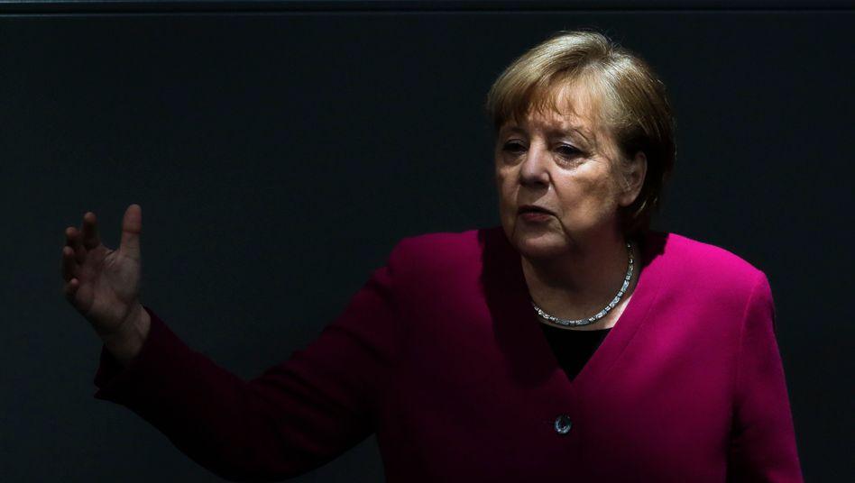 Kanzlerin Merkel: Fast alle Industrie- und sonstigen Verbände liefen Sturm