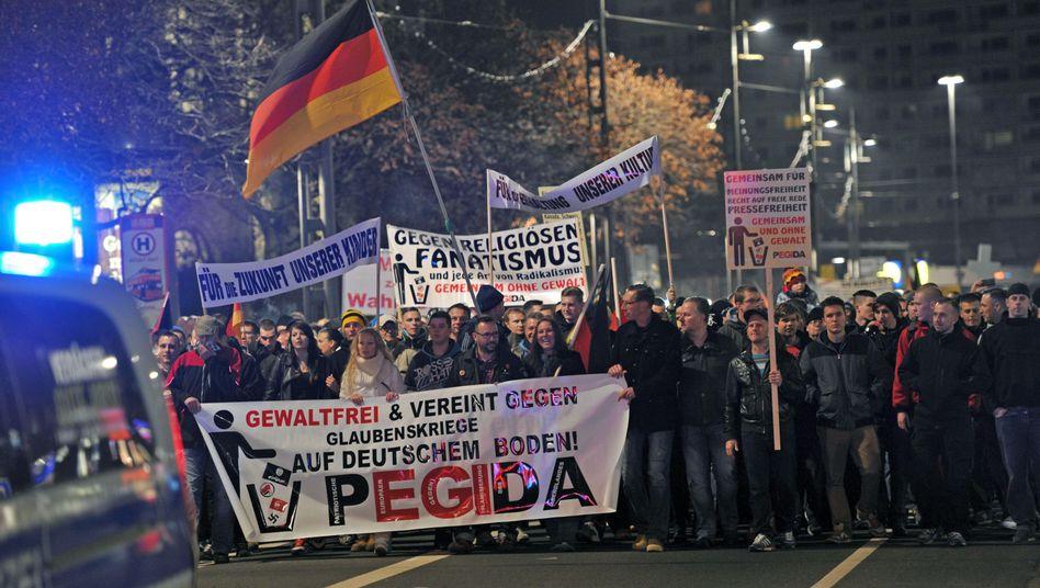 "Pegida-Demonstranten in Dresden: ""Ein diffuses Angstbild"""