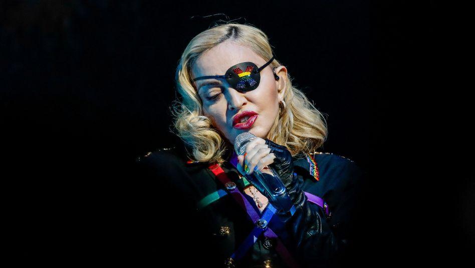 Madonna auf Tour (Archivbild): Offenbar hat die Popsängerin schmerzhafte Knieprobleme
