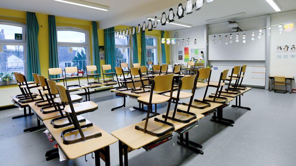 Leeres Klassenzimmer in einer Schule in Gelsenkirchen