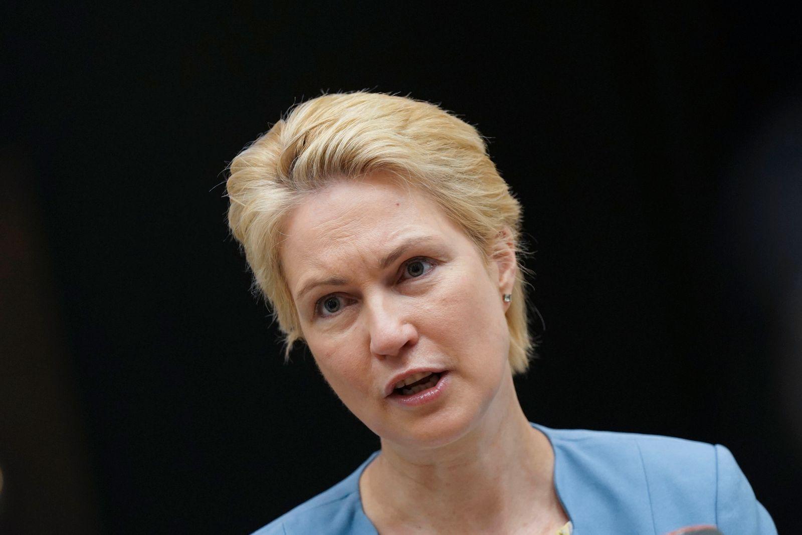 1006. Sitzung des Bundesrat in Berlin Aktuell, 25.06.2021, Berlin, Ministerpraesidentin Manuela Schwesig (SPD) von Meck