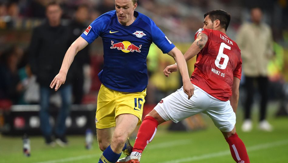 Rauf und runter in Mainz beim Spiel gegen Leipzig
