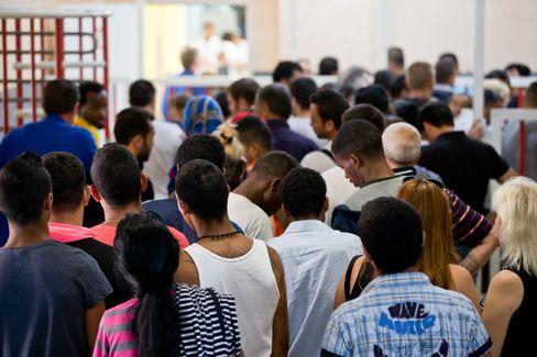 Zentrale Aufnahmestelle in Zirndorf: Immer mehr Asylbewerber und Flüchtlinge in Bayern