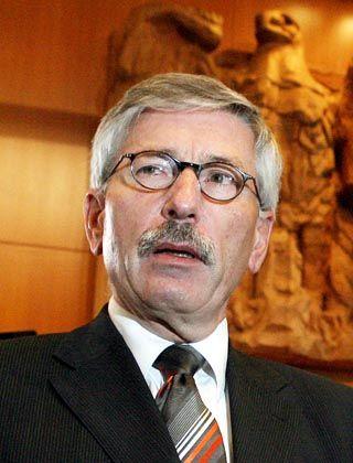 """Finanzsenator Sarrazin: """"Eine Lösung kommt kaum zustande, wenn das potentielle Opfer einer Totalvernichtung dem verhinderten Täter gegenüber sitzt"""""""