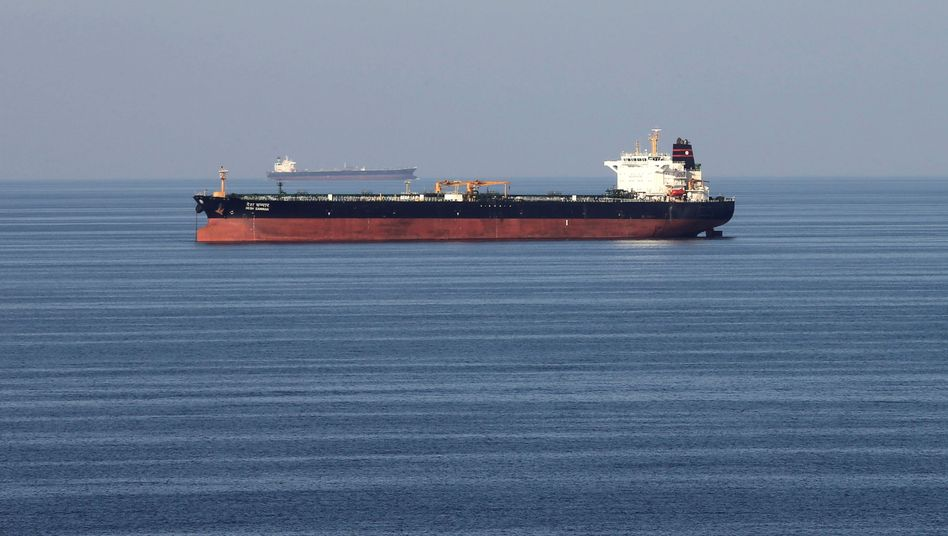 Öltanker in der Straße von Hormus: Höchster Stand seit vergangenem April
