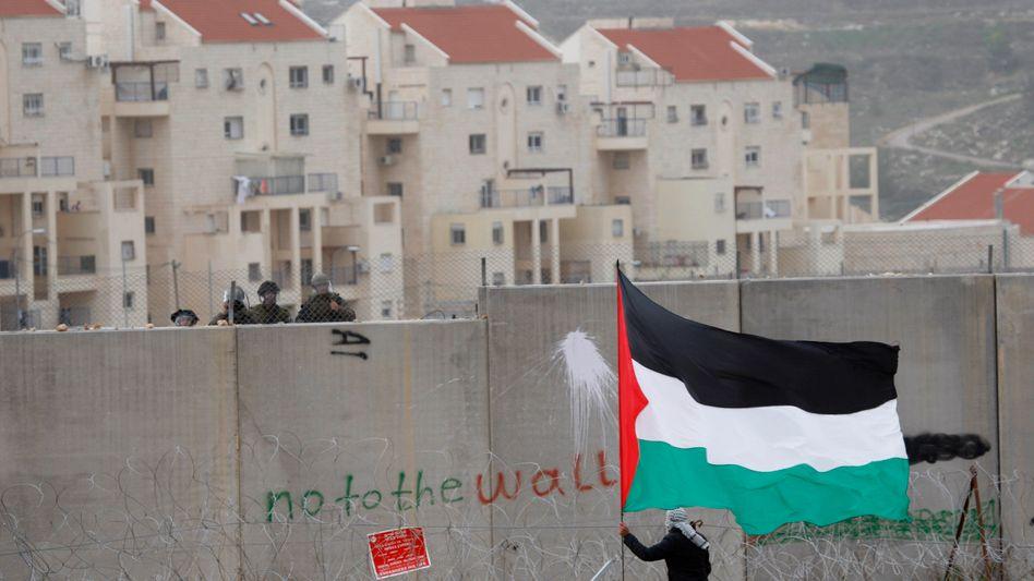 """Jüdische Siedlung bei Ramallah: """"Schnell an den Tisch kommen"""""""