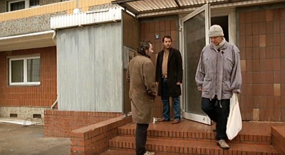 Schauspieler Liefers (M.), Statist Osang (r.) 2005 (mit Darsteller Uwe Kockisch)