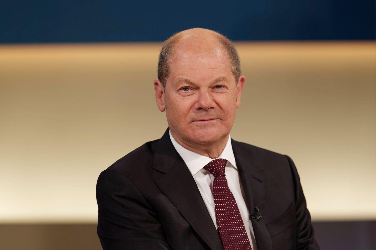 Olaf Scholz 2020-05-03, Berlin, Deutschland - Olaf Scholz (SPD), Bundesfinanzminister, zu Gast bei Anne Will. Thema der