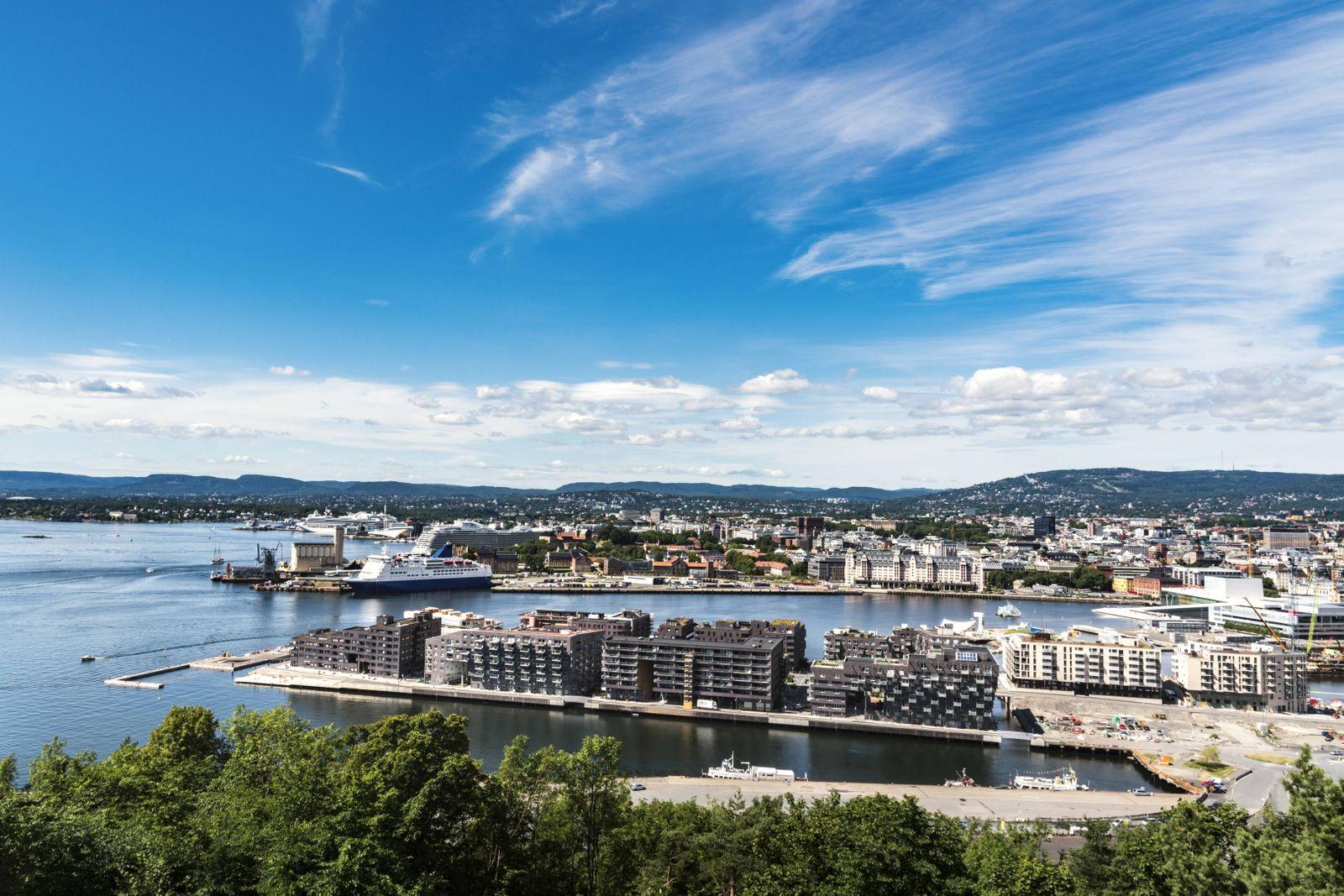 Norway Oslo Sorengkai and ferry port at Oslo fjord PUBLICATIONxINxGERxSUIxAUTxHUNxONLY CSTF001174