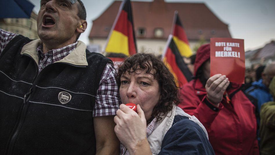 Rechte Demonstranten im September in Finsterwalde