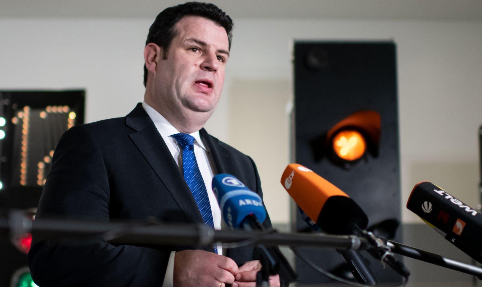 Arbeitsminister Heil besucht Siemens Mobility