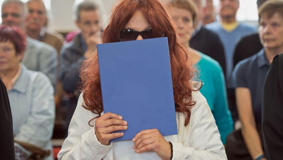 Heidi K. im September vor Gericht in Darmstadt: Kein Schadensersatz