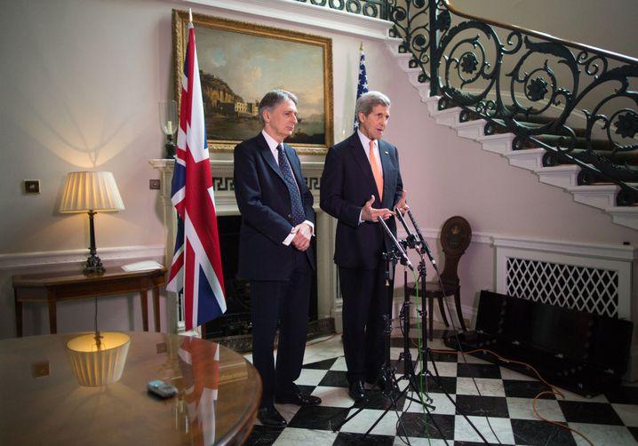 """Hammond und Kerry: """"Wir spielen dieses Spiel nicht mit"""""""