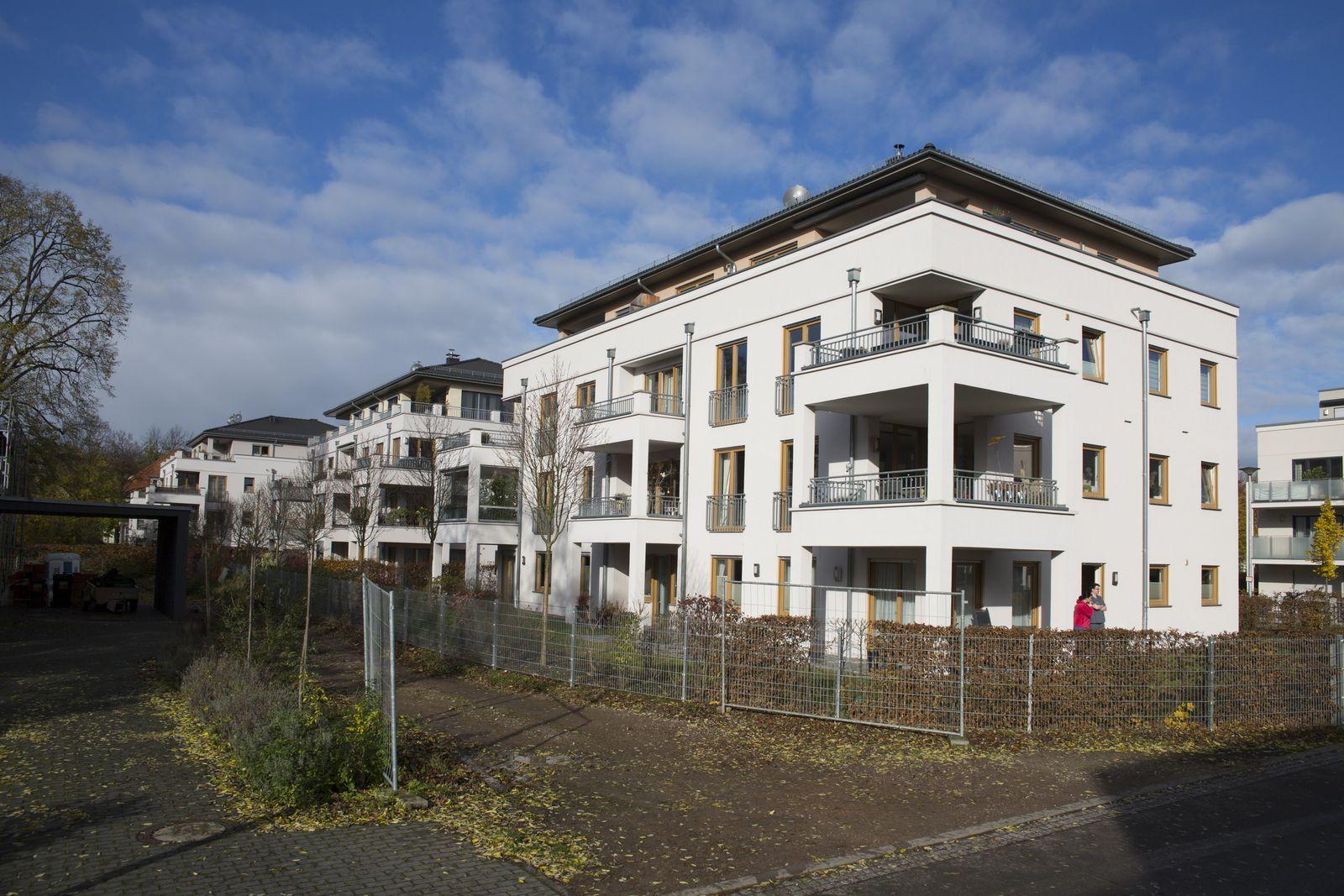 EINMALIGE VERWENDUNG NUR FÜR SPIEGEL Plus SP 47/2017, S.48 Alten-WG STARTBILD
