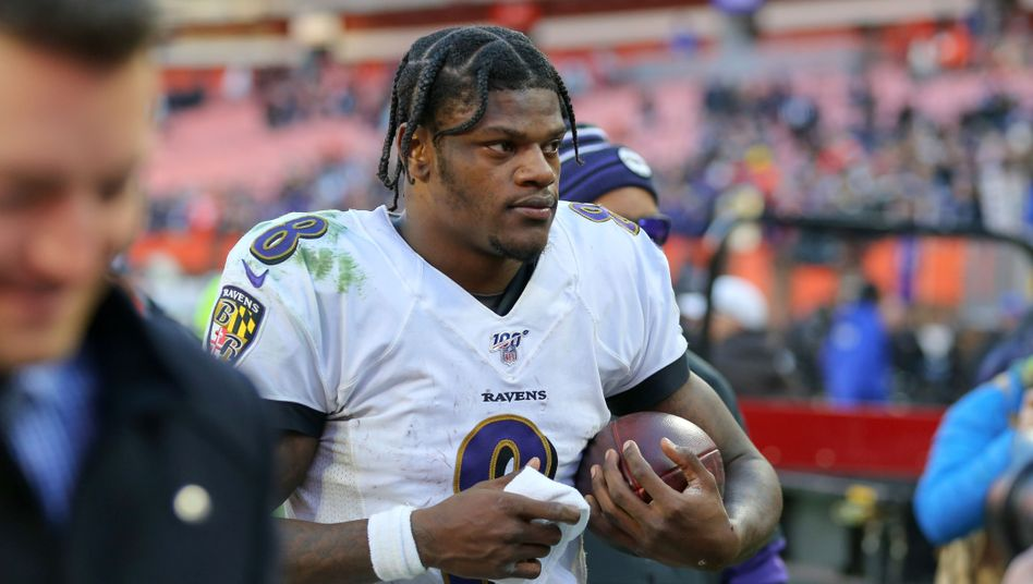 Lamar Jackson: Vor ihm gab es nur drei afroamerikanische Quarterbacks, die als wertvollster Spieler der NFL ausgezeichnet wurden