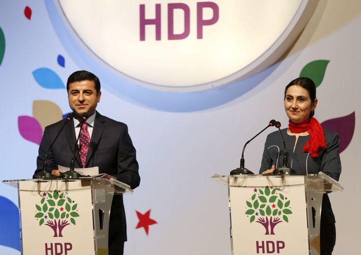 HDP-Parteichefs Demirtas und Yüksekdag (im April 2015)