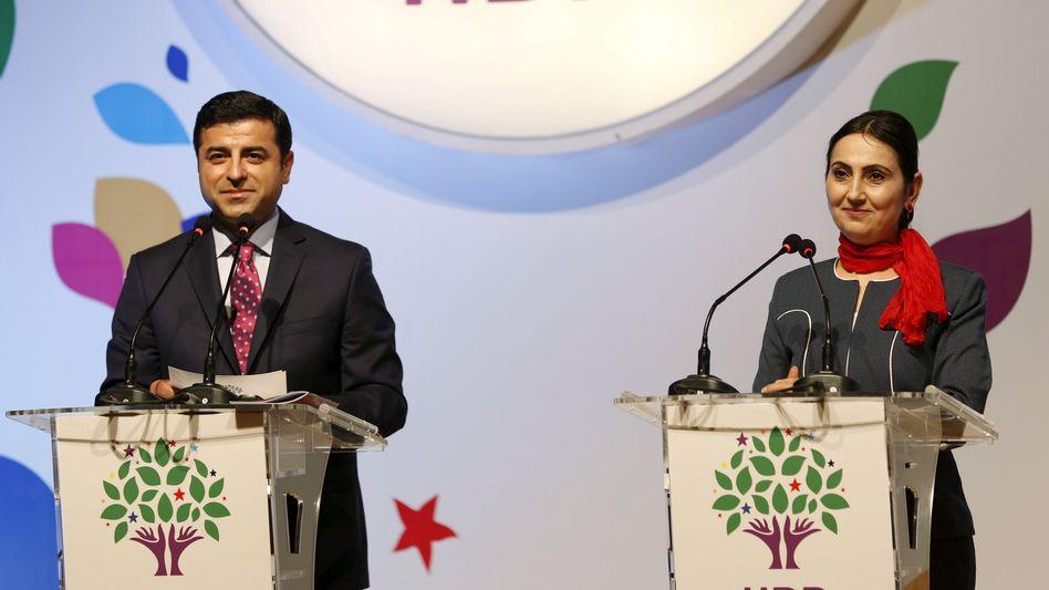 HDP-Chefs Demirtas und Yüksekdag (April 2015)
