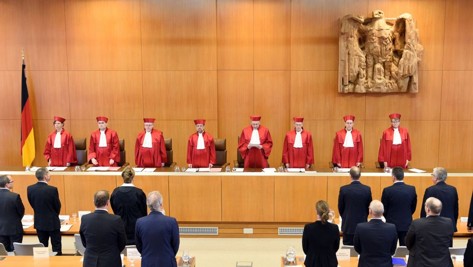 """Erster Senat des Bundesverfassungsgerichts kritisiert Schulgesetze: """"Öffnung für eine diskriminierende Verwaltungspraxis"""""""