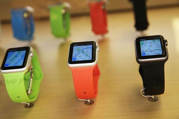 Auslage mit Apple Watches: Platzhirsch auf dem Markt für smarte Uhren