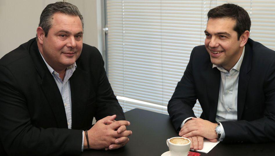 """Tsipras (r.) und Kammenos (l.) bei den Koalitionsverhandlungen: """"Triumph des Anti-Sparplan-Blocks"""""""