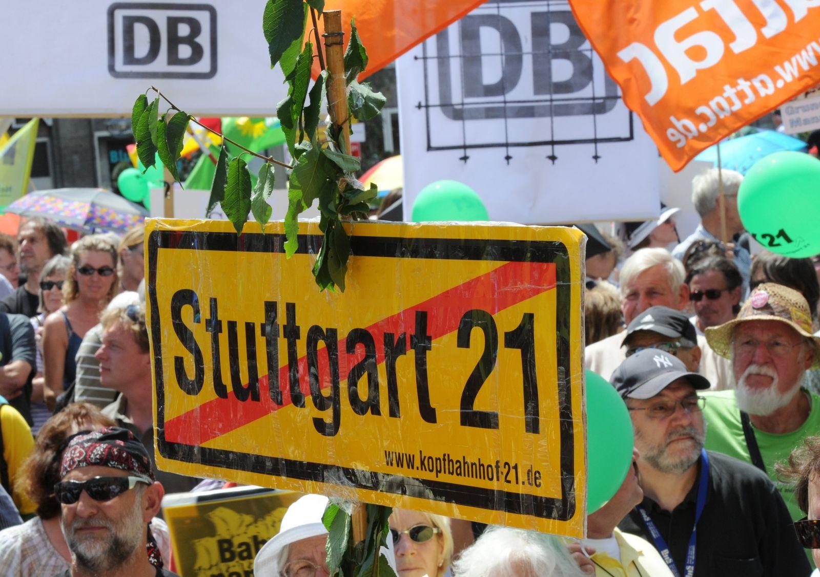Stuttgart 21/ Proteste VID