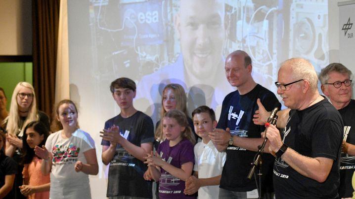 Alexander Gerst im Live-Interview: So stellten Schüler Kontakt zur ISS her