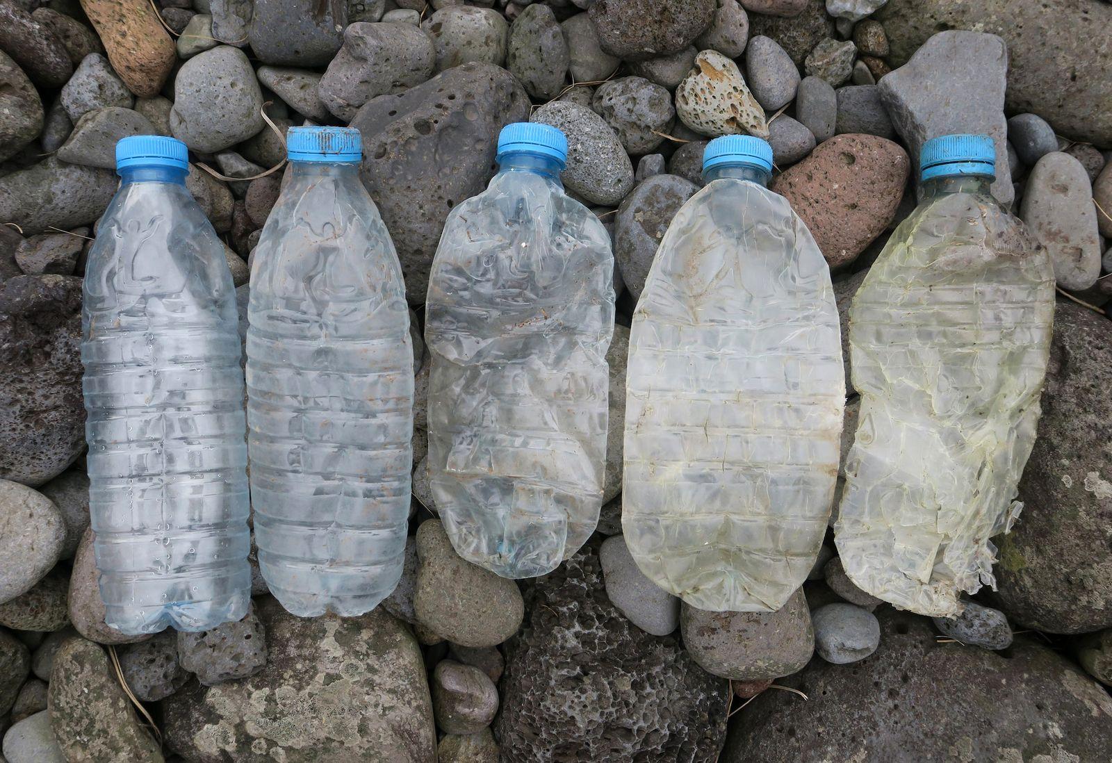 EINMALIGE VERWENDUNG Made in China: Forscher analysieren PlastikmÃ?ll im SÃ?datlantik