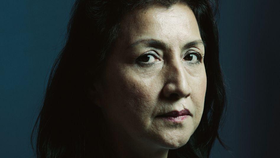 Uigurin Gulbahar Haitiwaji in Paris: Zu sieben Jahren Umerziehungslager verurteilt