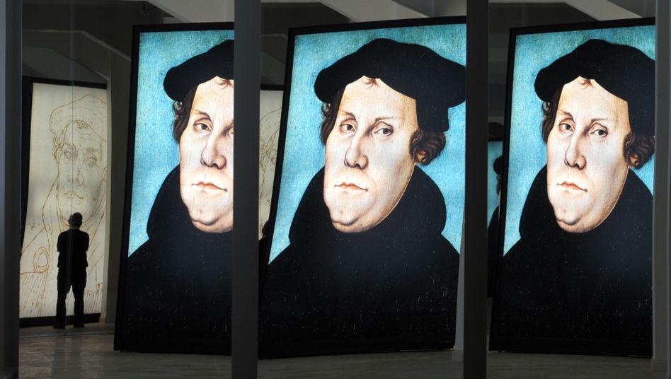 Bildnisse in einer Luther-Ausstellung