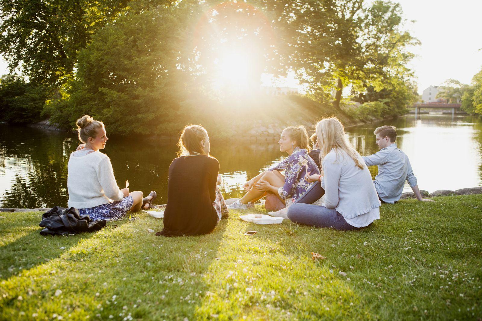 NICHT MEHR VERWENDEN! - EINMALIGE VERWENDUNG Park/ Jugendliche
