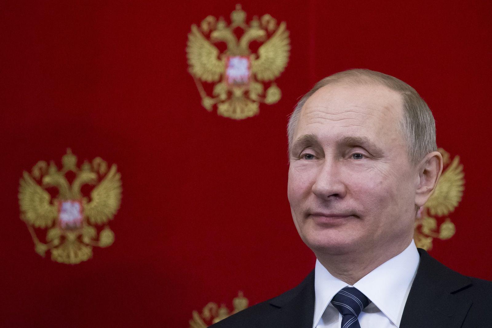 Putin/ 65. Geburtstag/ Proteste/ Wladimir Putin