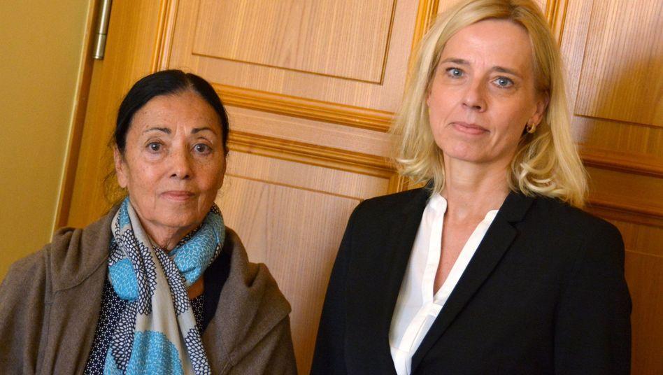 Carmen Würth mit ihrer Anwältin Manuela Lützenkirchen