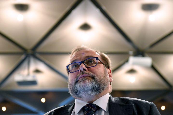Adolf Sauerland im Mai 2018 als Zeuge vor Gericht