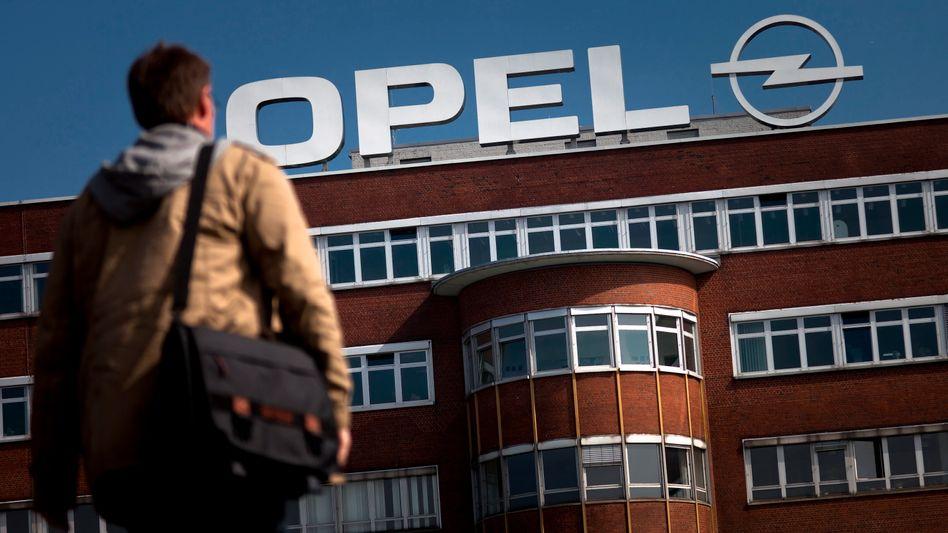 """Opel-Gelände in Bochum: Dürrer Dank für die """"harte Arbeit"""""""