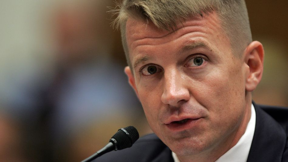 Blackwater founder Erik Prince (2007 photo): A Blackwater subsidiary bypassed German arms export law, the diplomatic cables have revealed.