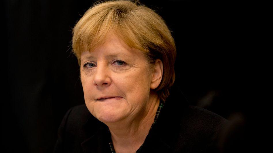 """Bundeskanzlerin Merkel: """"Aus jeder Ecke lugt ein Objektiv hervor"""""""