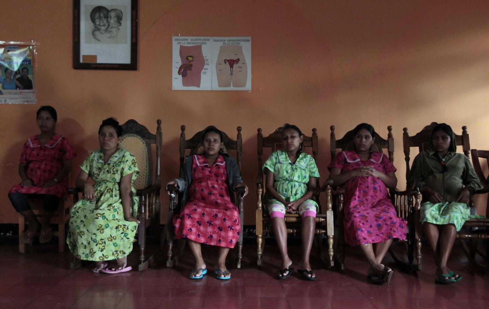 Teenagerschwangerschaft/ NICARAGUA
