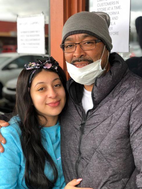 Waffenkäufer Lexer Tovar, Tochter Shay: Munition auf Vorrat