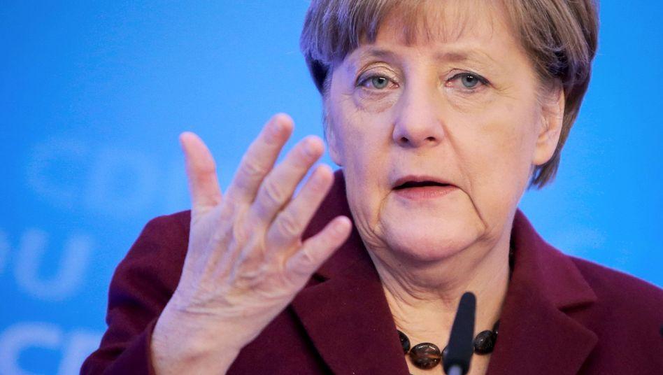 """Kanzlerin Merkel: """"Widerwärtige kriminelle Taten"""""""