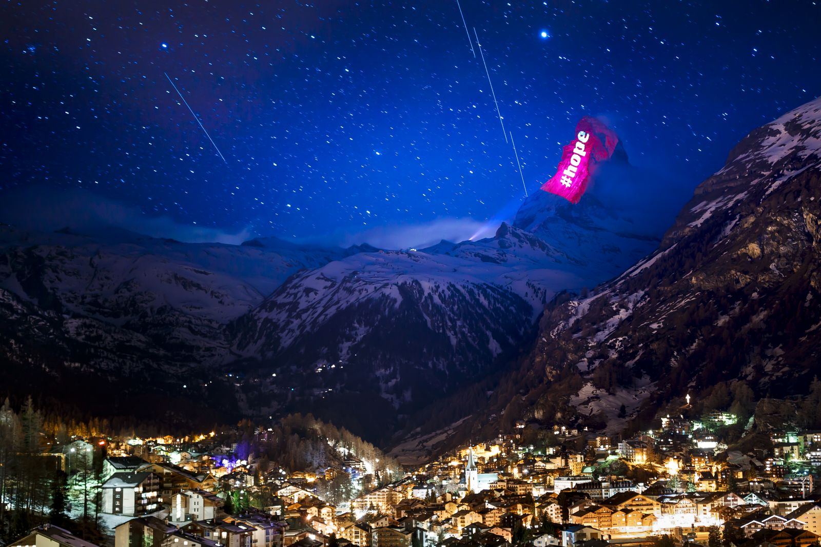 SWITZERLAND MATTERHORN LIGHT SHOW COVID-19