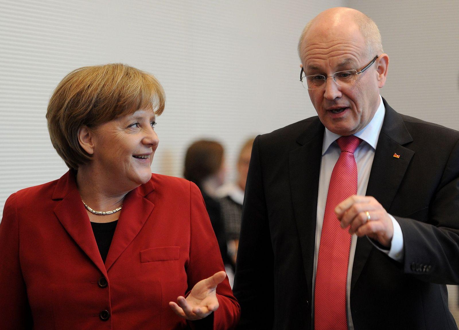 NICHT VERWENDEN Kauder Merkel Atom Moratorium