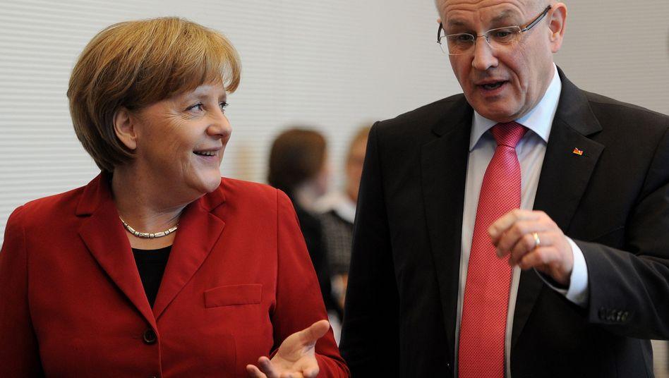 Kanzlerin Merkel, Fraktionschef Kauder: Man spricht Deutsch