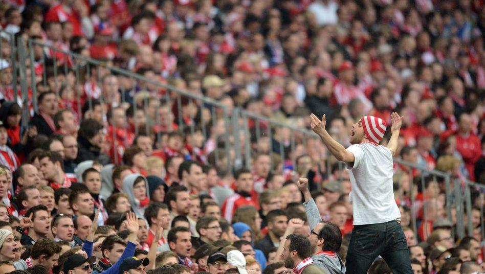 Fans in der Münchner Südkurve: Ärger über Lücken