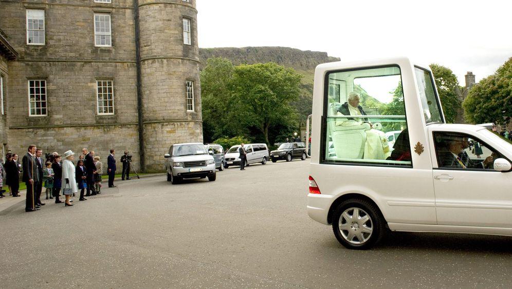 Elektrisches Papamobil: Abgasfrei durch den Vatikan