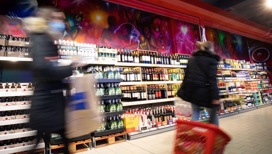 Penny-Filiale auf der Reeperbahn in Hamburg: bei Nahrungsmitteln Preisanstieg gegen den Trend