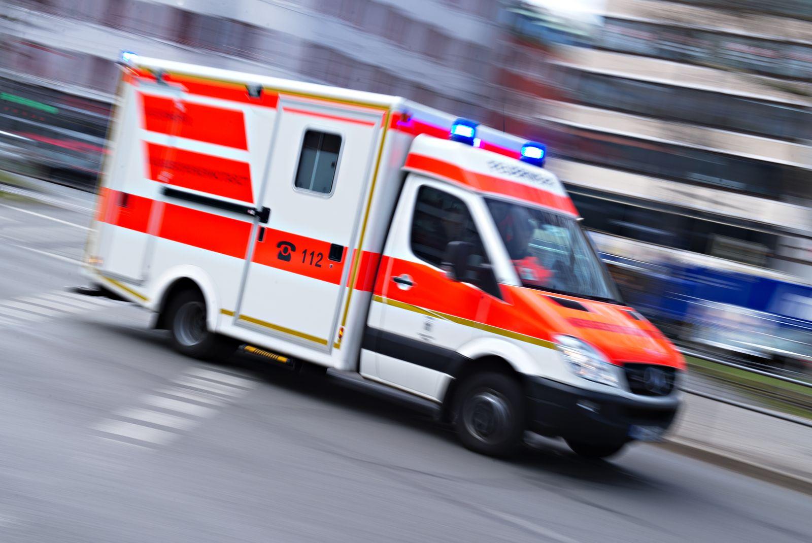 Bleulicht/ Krankenwagen/ Symbolbild