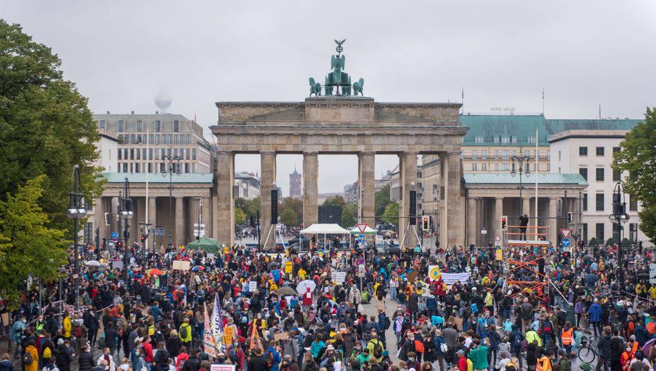Klimastreik in Berlin: Lange war die Bewegung ihrer wichtigsten Aktionsform beraubt